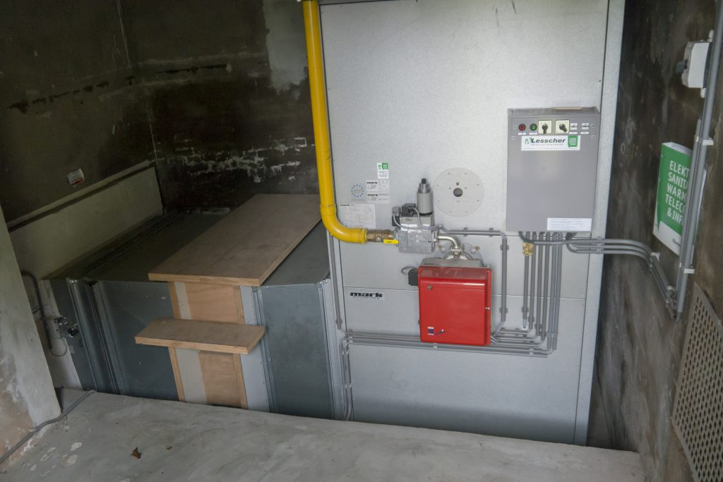 gas fired air heater